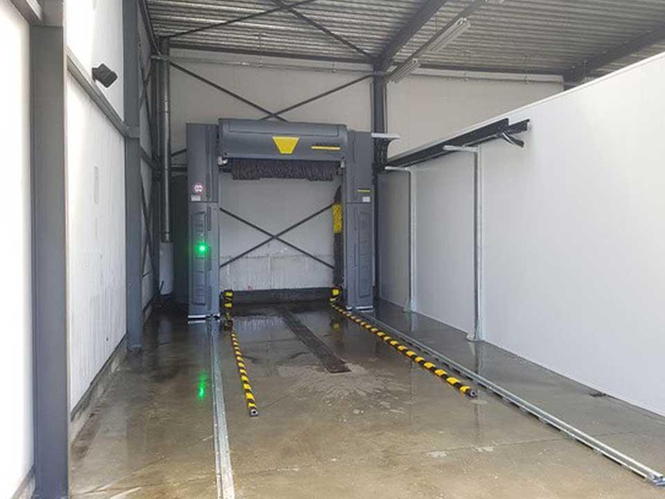 Renovatie werkplaats Mercedes Benz